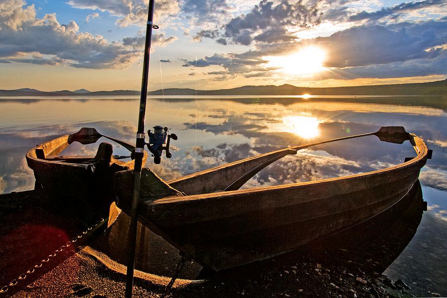лодка для большого водохранилища